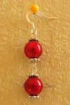 Červené náušnice se dvěmi kuličkami