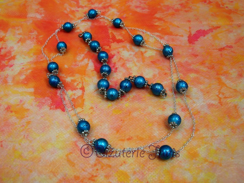 Náhrdelník a náramek z modrých kuliček