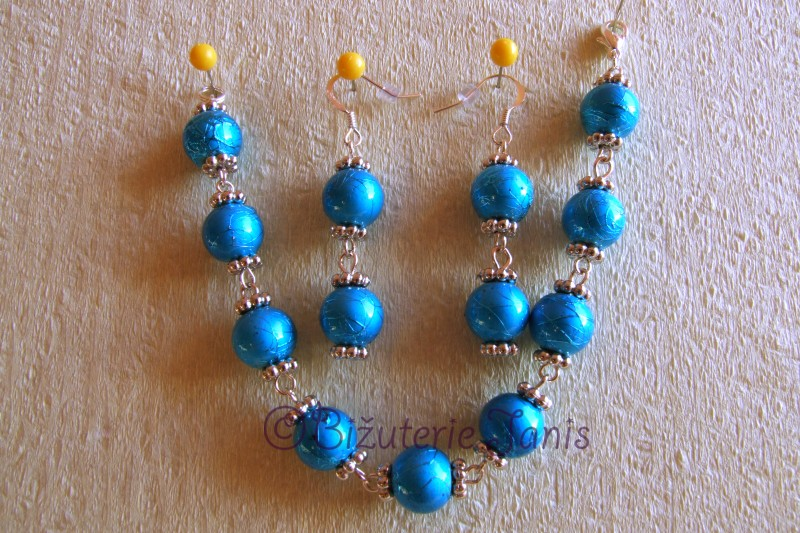 Náramek a náušnice z modrých kuliček